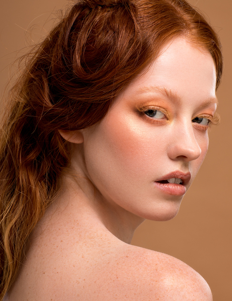 Look 2. Beauty photoshoot with model Grace Cairns, makeup by Gemma Howell. Photography by Phil Jones