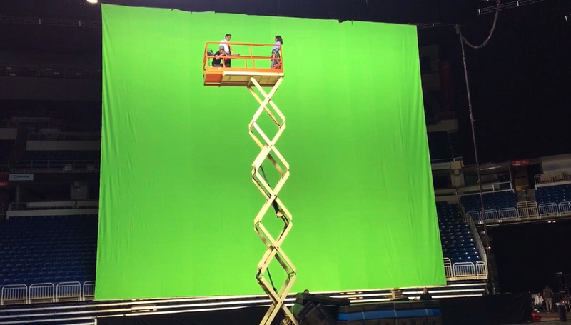Michelle Cortes green screen on The Last Thing He Wanted