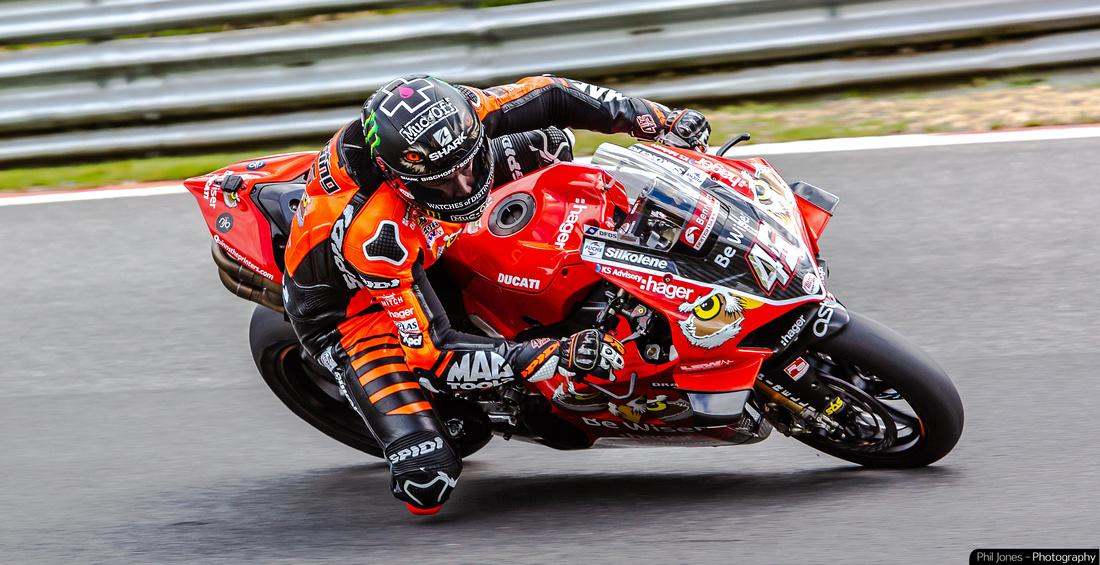 Professional motorbike racing photography: Scott Redding British Superbikes