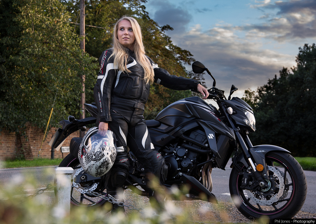 Suzuki GSX S 750 and model Sian Lacey wearing RST Leathers