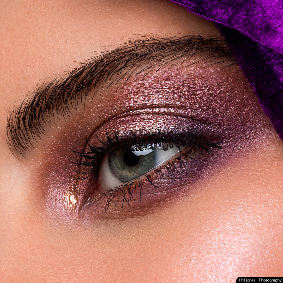 Macro Beauty Photography with Romy Bondy and makeup artist Gemma Howell.