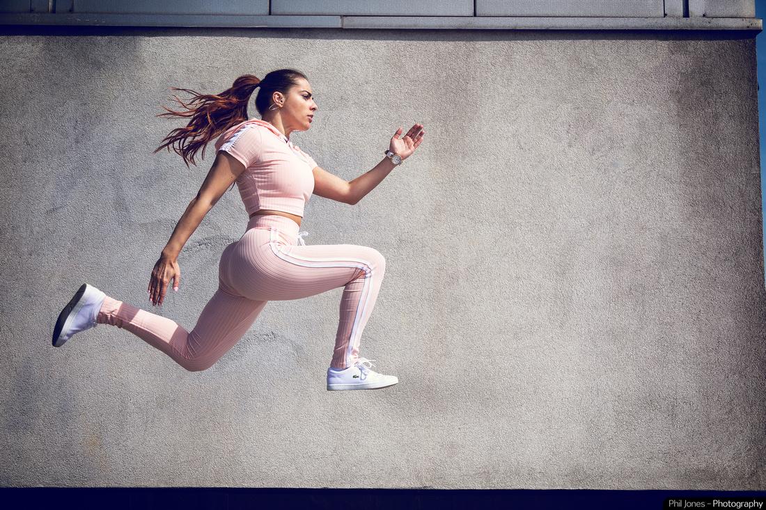 Lana Corina Fitness photoshoot using Profoto B2 freeze frame action