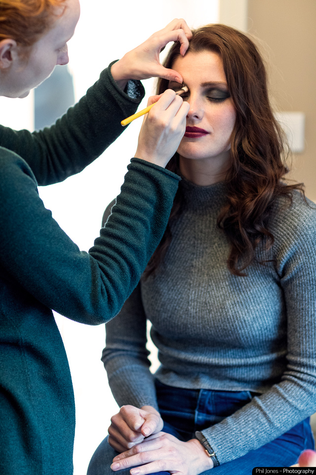 Behind the scenes with model and makeup artist.A makeup artist is so important to get great results on any photoshoot