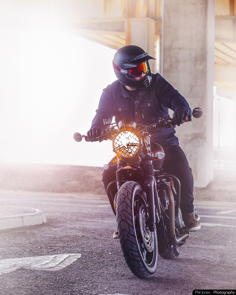 Triumph motorcycle photography. Custom Triumph Street Twin