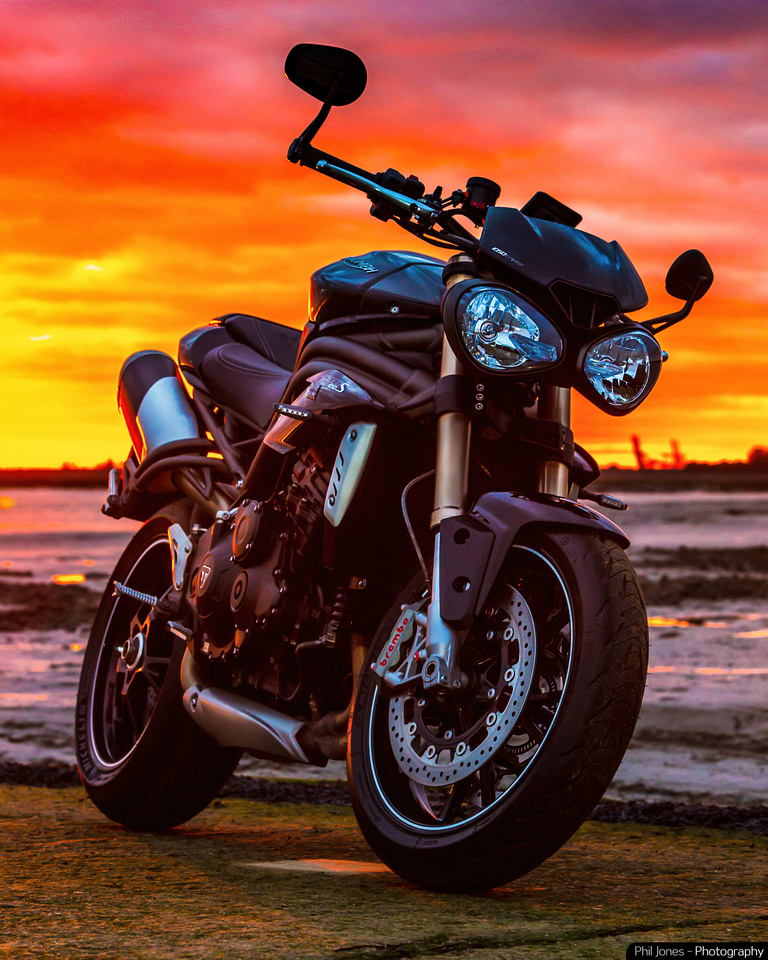 Stunning sunset Triumph Speed Triple 1050 S. Motorcycle photography by Phil Jones