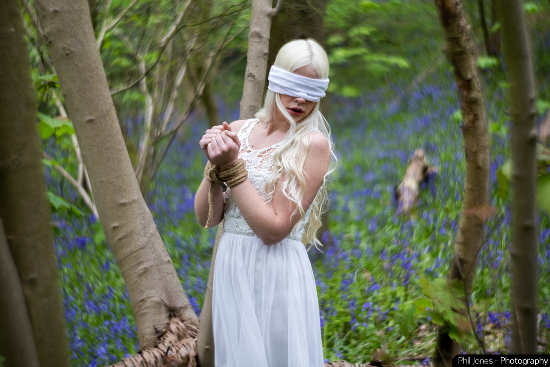 Blindfolded, a twisted fairytale shoot, petzval 85 art lens