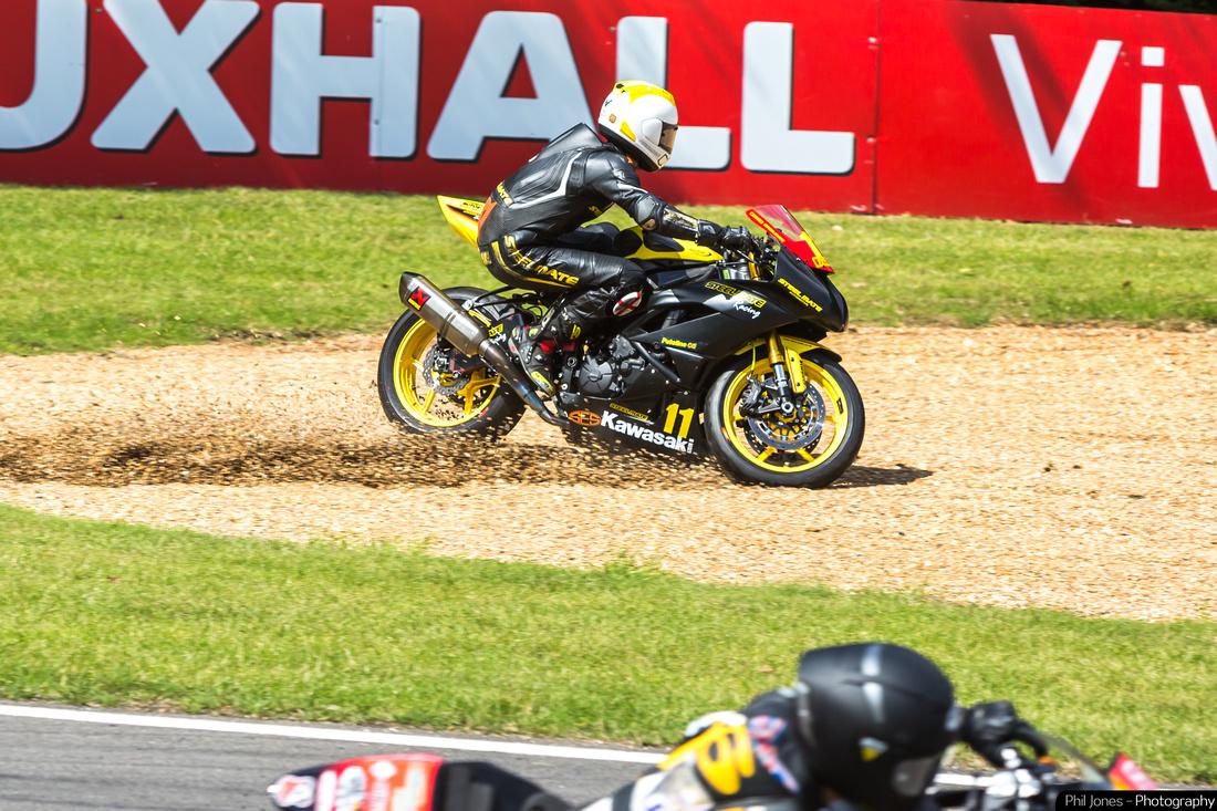 Pirelli National Superstock 600 Championship James Naggy crashing on Lap 1